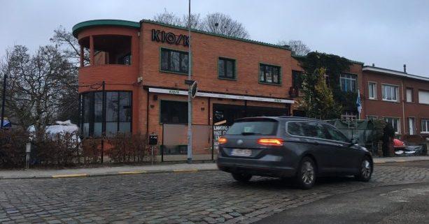 Iconisch art-decogebouw in Mortsel staat te koop
