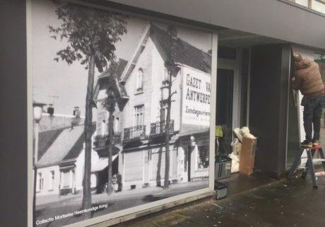 Stad Mortsel bestickert leegstaande panden op winkelstraat Statielei